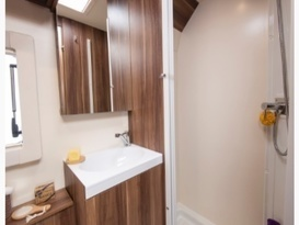 George - Beautiful all inclusive, fully equipped brand new motor home. No extras or hidden costs. - Image #6