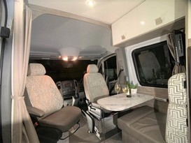 CURRENT SPECIAL - 5 Star COUPLES RETREAT Motorhome - Brisbane - Image #9