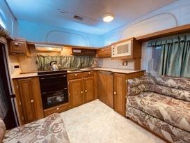 Family bunk van - Image #3