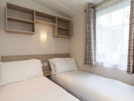 3 Bedroom Gold Caravan , Brynteg Holiday Park - Image #18