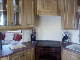 Lovely holiday caravan for hire - Image #3