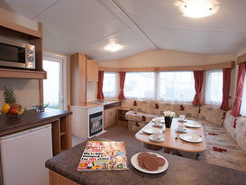 Pet Friendly Comfort 2 Bedroom Caravan - Image #5
